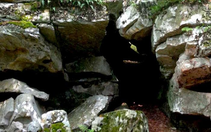 Cave rock formation at Beartown State Park